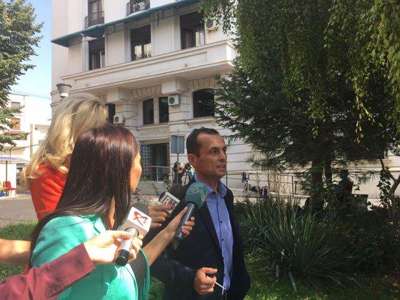 Imaginea articolului DNA cere redeschiderea unui dosar în care este vizat procurorul suspendat Mircea Negulescu. Solicitarea se judecă miercuri