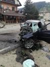 Imaginea articolului Accident grav în Neamţ. Un tânăr de 19 ani a murit după ce s-a izbit cu maşina de un parapet. FOTO