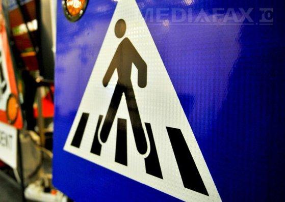 Imaginea articolului Un copil, accidentat pe trecerea de pietoni; femeia de la volan, bătută de tatăl victimei