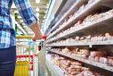 Imaginea articolului Scandal într-un magazin: Un client a reclamat că ALIMENTELE sunt spălate cu detergent
