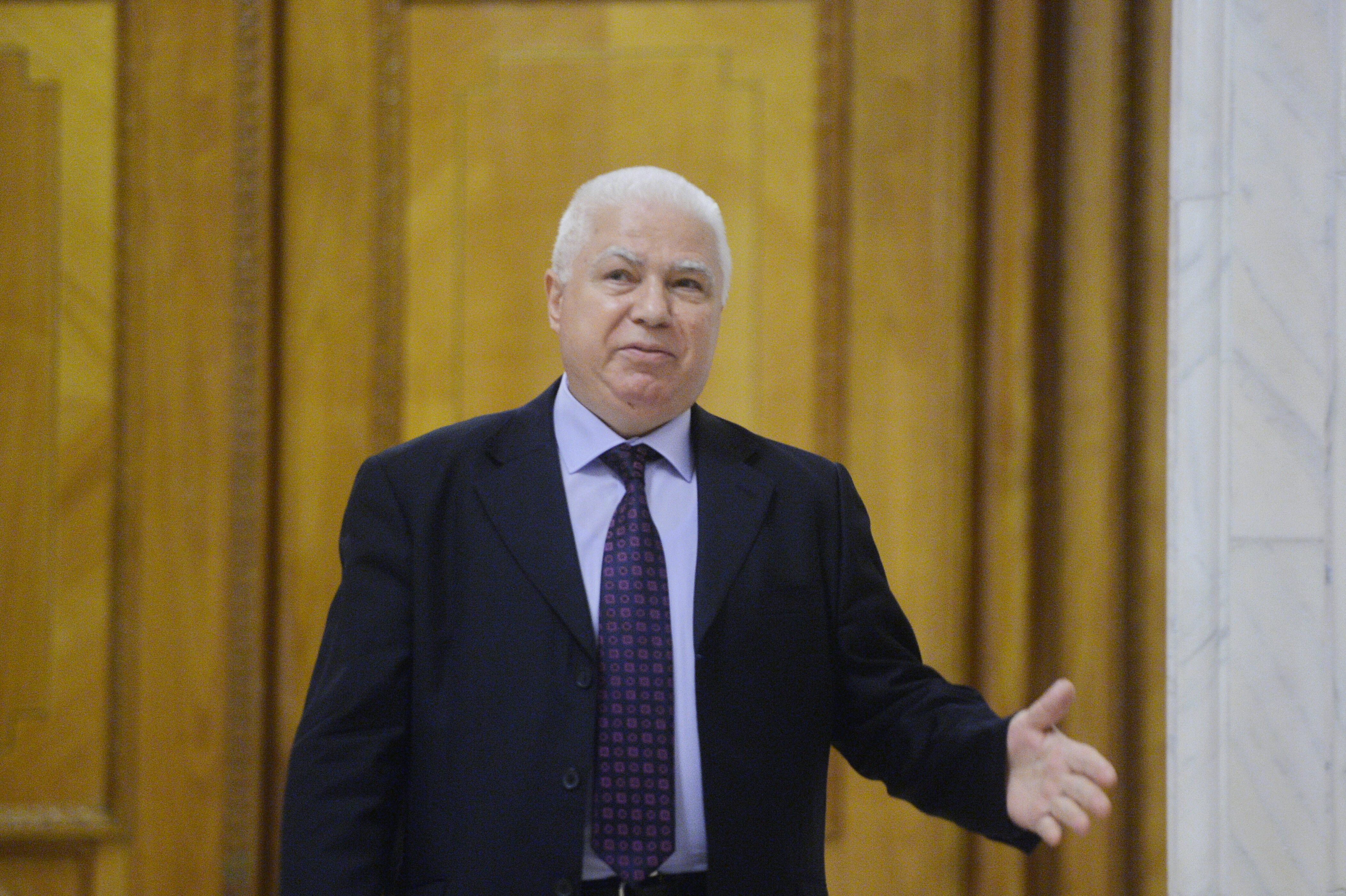 Petre Lăzăroiu, judecătorul CCR care a acuzat presiuni din partea unui consilier prezidenţial: Eu l-am votat pe preşedinte. Nu am votat niciodată cu PSD/ Comisia de la Veneţia va fi sesizată luni