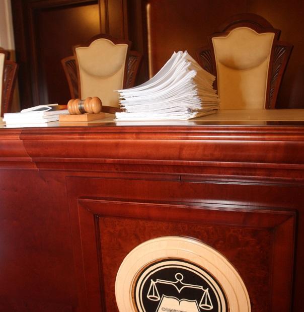 Imaginea articolului PNL şi USR au sesizat CCR asupra modificărilor aduse Codului de procedură penală, pe motiv că 100 de amendamente sunt neconstituţionale