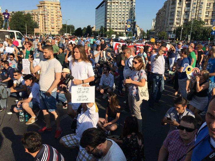 Imaginea articolului Ludovic Orban, despre incidentele de la proteste: Cât de frică trebuie să îi fie lui Liviu Dragnea ca să ordone astfel de intervenţii agresive?