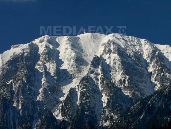 Imaginea articolului NINSOARE în luna iunie: În Munţii Făgăraş stratul de zăpadă ajunge la 4 centimetri