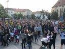 Imaginea articolului MANIFESTAŢII în toată ţara. Mii de oameni PROTESTEAZĂ în pieţele marilor oraşe