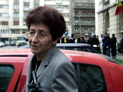 Imaginea articolului Daniela Bartoş, fostul ministru al Sănătăţii, găsită în incompatibilitate de Agenţia de Integritate