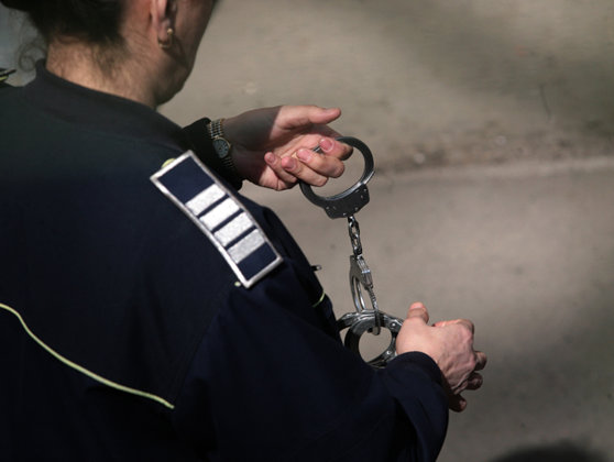 """Imaginea articolului Decizie luată de magistraţi în dosarul """"Cocaină pentru VIP-uri"""": Doi tineri au fost arestaţi preventiv, iar altul a fost plasat în arest la domiciliu"""