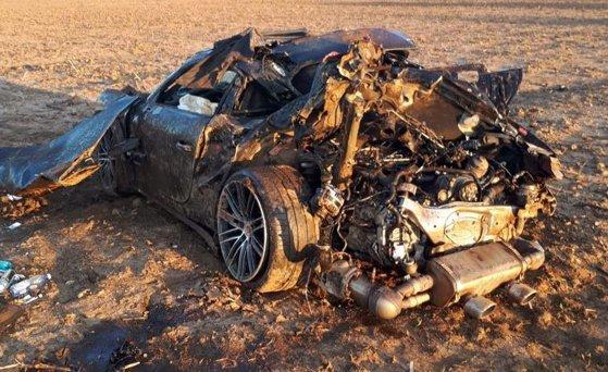 Imaginea articolului Sacoşe pline cu lire sterline au fost găsite într-o maşină care s-a răsturnat în judeţul Dâmboviţa. Şoferul a murit