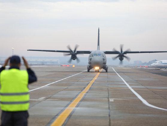Imaginea articolului MApN: Forţele Aeriene Române sunt pregătite cu aeronave pentru a interveni în incendiul devastator din Grecia