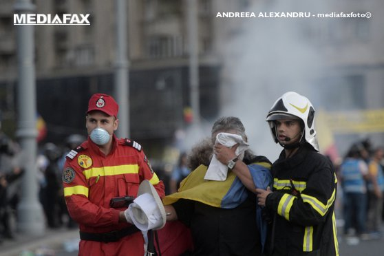 Imaginea articolului Departamentul pentru Situaţii de Urgenţă: Fabricanţii confirmă că gazele de la proteste sunt conform normelor. Expunerea nu are antidot
