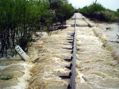 Imaginea articolului Trenuri anulate în nordul ţării, din cauza inundaţiilor