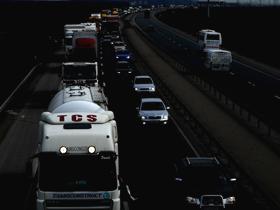 Traficul rutier pe A1, doar pe banda de urgenţă în urma unui accident (Imagine din arhiva Mediafax Foto)
