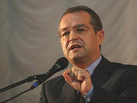 Guvernul va propune interzicerea cumulului pensie-salariu pentru
