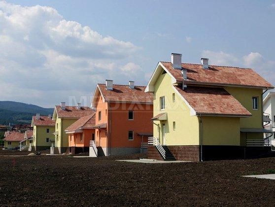 Imaginea articolului Persoanele cu maşini de peste 1.600 cm cubi şi mai multe case nu vor mai primi ajutoare de încălzire
