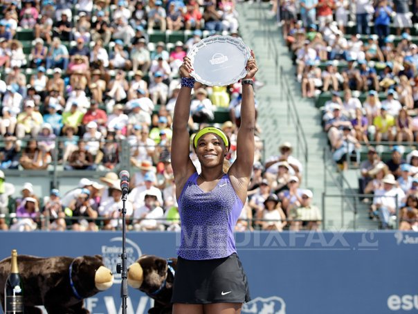 Serena Williams a c�stigat turneul de la Stanford