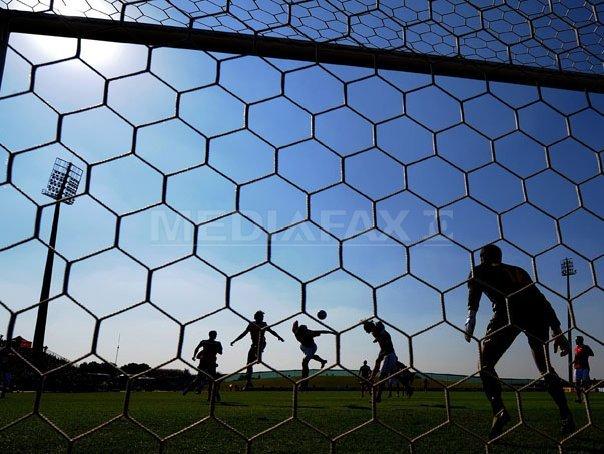Meciul Petrolul Ploiesti - CFR Cluj se va disputa cu spectatori �n tribune