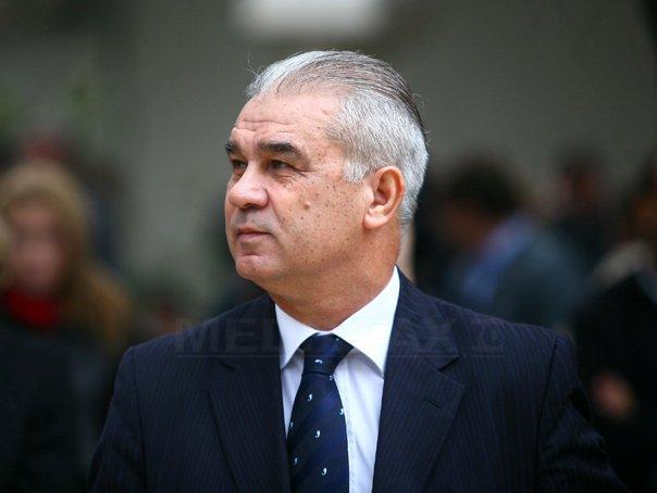 Iordanescu spune ca nu e interesat sa revina selectioner daca pleaca Victor Piturca