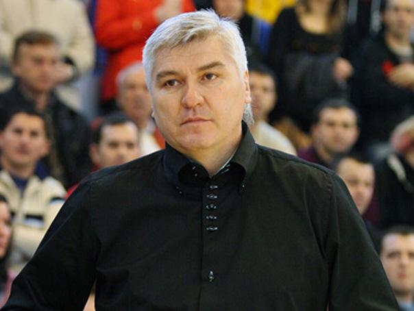 Antrenorul nationalei masculine de handbal: Şi suporterii au o vina ca Rom�nia nu are performante. Echipa merita macar 1.200 de oameni �n tribune