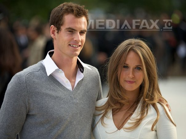 Andy Murray s-a logodit cu Kim Sears