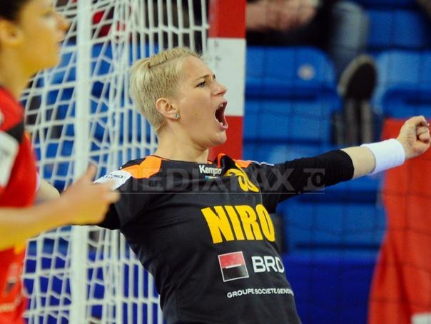 Rom�nia a �nvins Spania, scor 22-20, �n grupa principala I la CE de handbal feminin