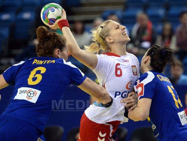 Polonia - Rom�nia, scor 19-24, �n ultimul meci din grupa principala I la CE de handbal feminin
