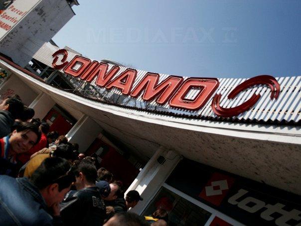 Foste glorii ale FC Dinamo si o echipa a galeriei dinamoviste au jucat un meci caritabil