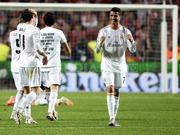 Tricouri mai scumpe cu cinci euro dupa ce Real Madrid a c�stigat CM al cluburilor