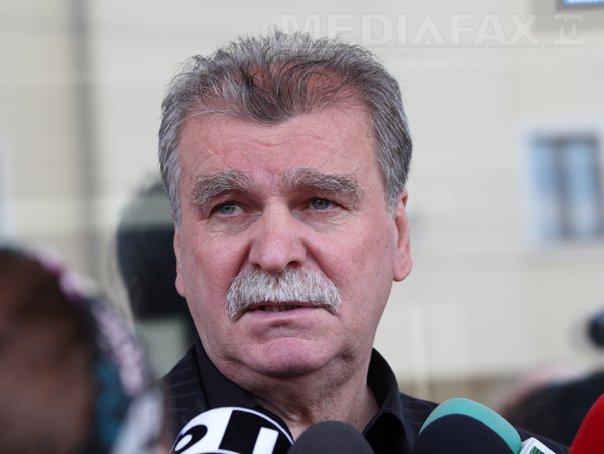 Moraru: Daca nu salveaza Dinu Gheorghe si Pustai Rapidul, atunci nu �l mai salveaza nimeni