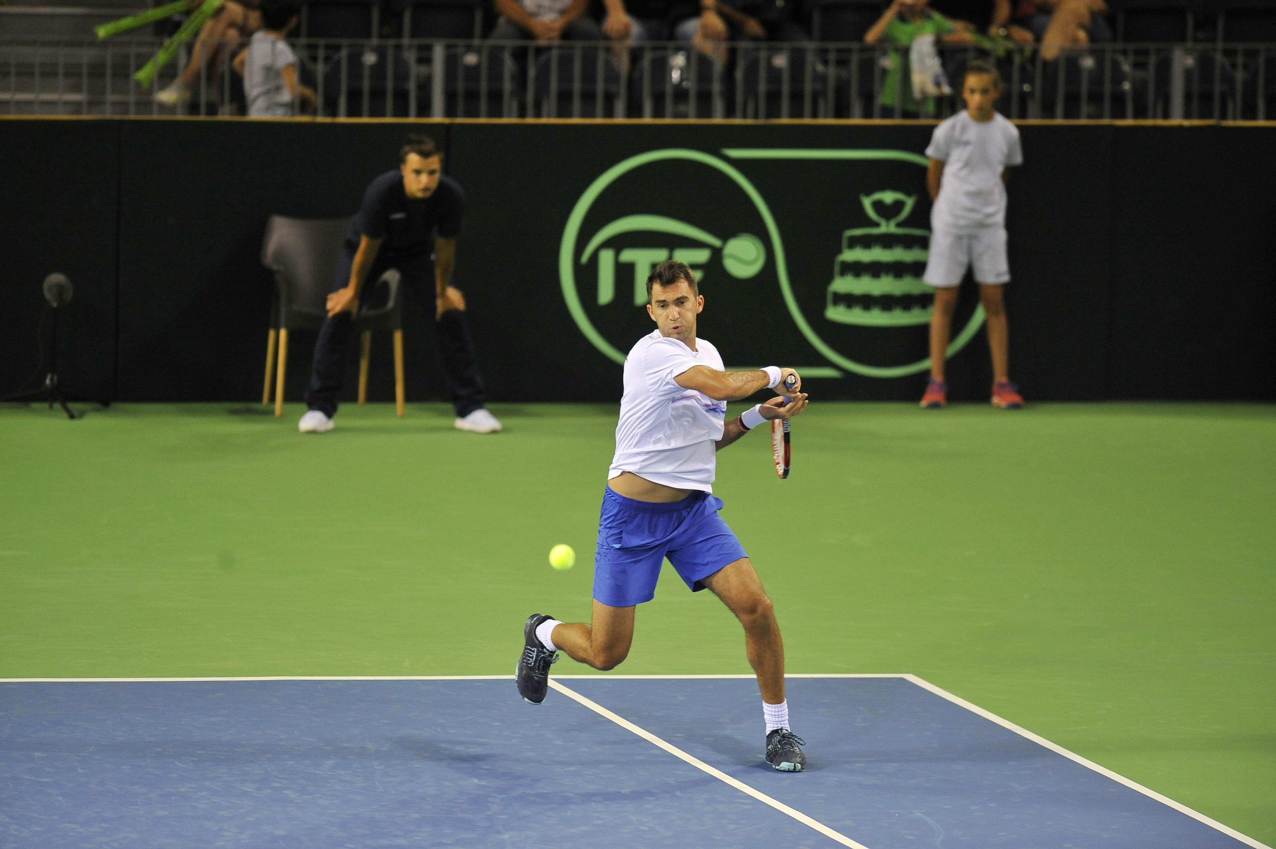 Horia Tecău şi Jean-Julien Rojer au fost eliminaţi în semifinalele turneului de la Rotterdam
