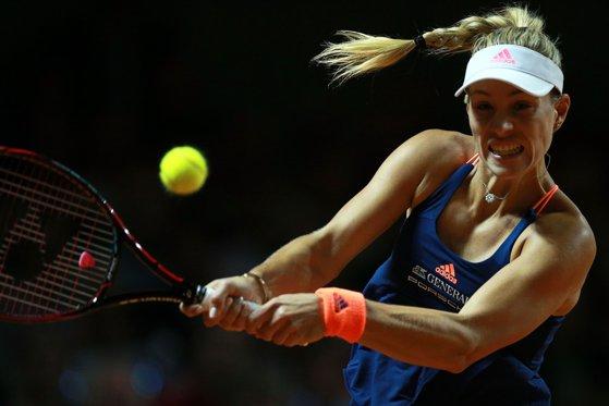 Imaginea articolului Liderul mondial Angelique Kerber, principala favorită de la Roland Garros, eliminată în runda inaugurală a turneului din Franţa