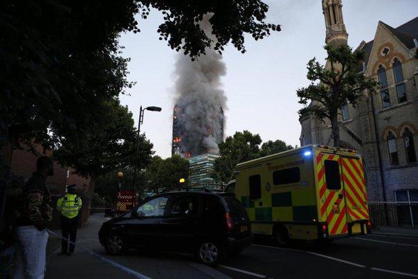 Imaginea articolului Veniturile strânse la Supercupa Angliei, DONATE către victimele incendiului de la Grenfell Tower