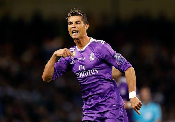Imaginea articolului Arturo Vidal: Cristiano Ronaldo este un încrezut. El nu există pentru mine
