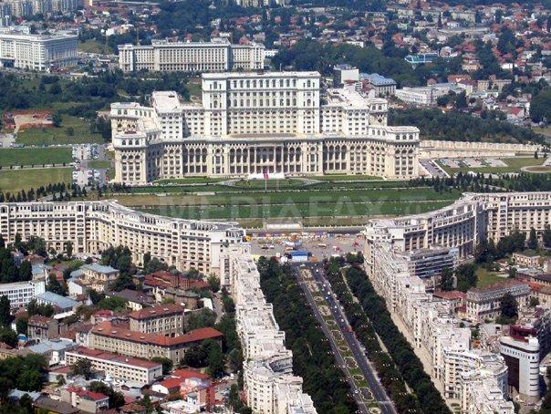 Cum a ratat Bucureştiul şansa de a organiza un eveniment internaţional în jurul Casei Poporului