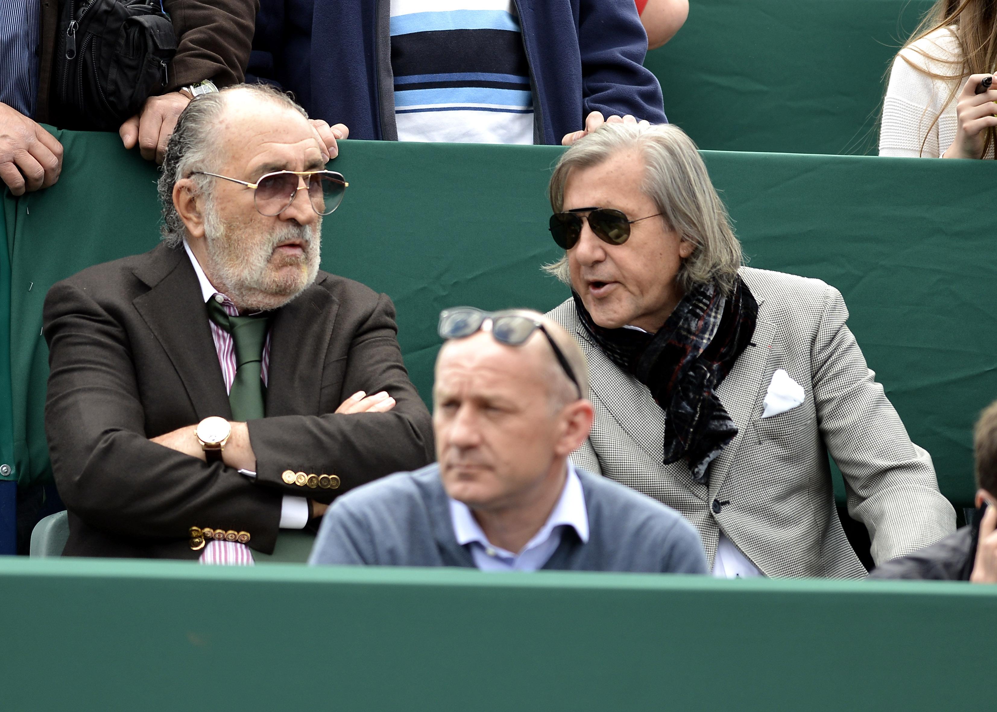 Ilie Năstase, Simona Halep, Irina Begu, Sorana Cîrstea şi Horia Tecău fac front comun şi depun o petiţie cu privire la Arenele de Tenis Progresul