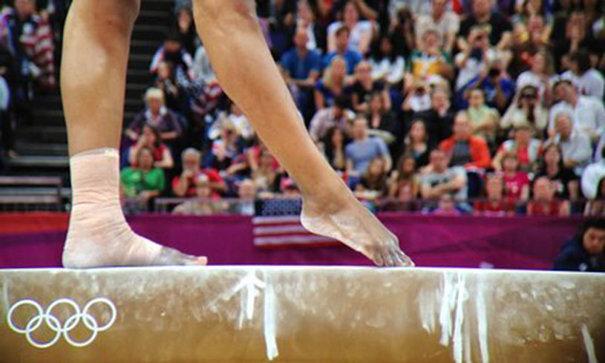 Imaginea articolului Şoc în lumea sportului   O fostă campioană olimpică la gimnastică susţine că a fost violată de un coleg din lotul naţional