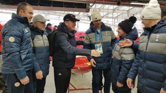 Imaginea articolului Principele Albert de Monaco i-a încurajat pe boberii români la PyeongChang. Mesajul transmis de fostul olimpic