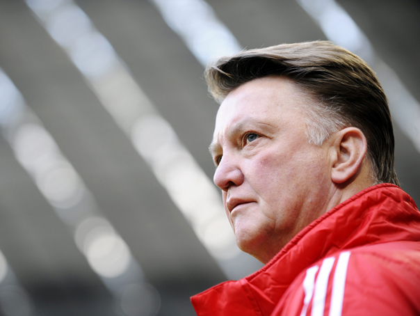louis van gaal The Weakest Excuse In The World: Van Gaal Blames The Pitch For Away Form