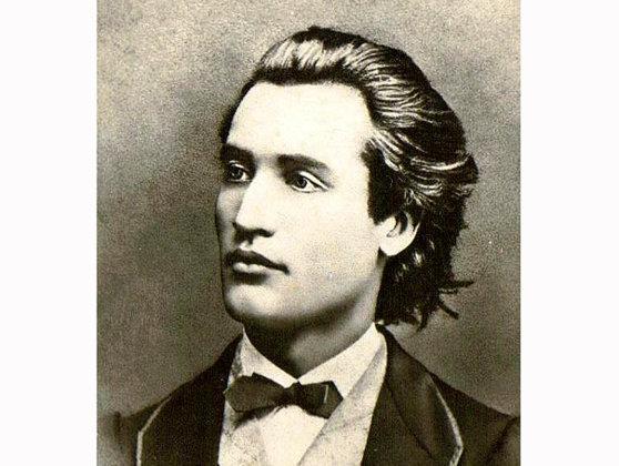 Imaginea articolului Eminescu, cel mai bine vândut autor român. Cât ar fi câştigat poetul din drepturile de autor dacă ar fi trăit în aceşti ani