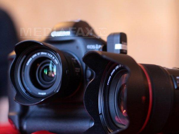 Suceava: Peste 500 de fotografi din 36 de tari, la Salonul International de Arta Fotografica