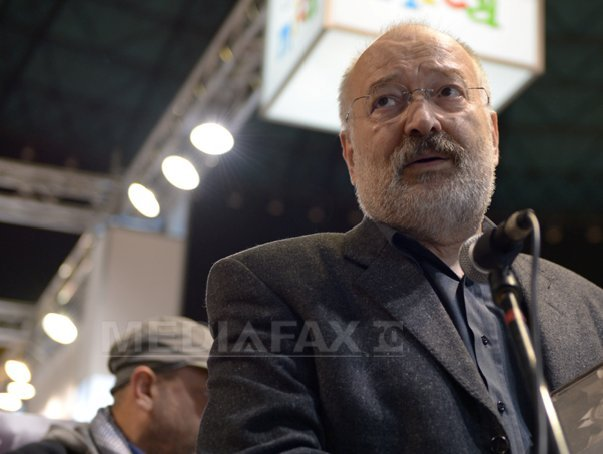 Stelian Tanase le-a cerut membrilor CA al TVR sa se retraga, daca sunt agenti sub acoperire