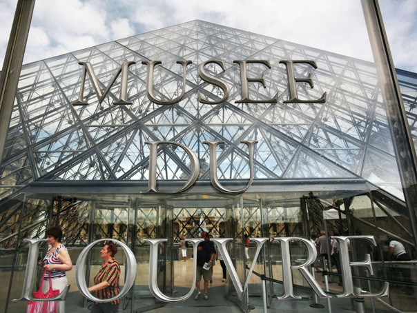 Muzeele Luvru, Versailles si Orsay ar putea fi deschise sapte zile din sapte
