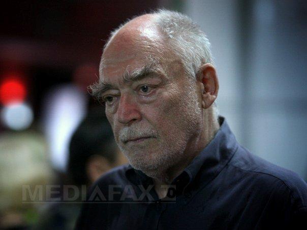 Actorul Mircea Albulescu ram�ne internat la Institutul de Boli Cardiovasculare din Timisoara