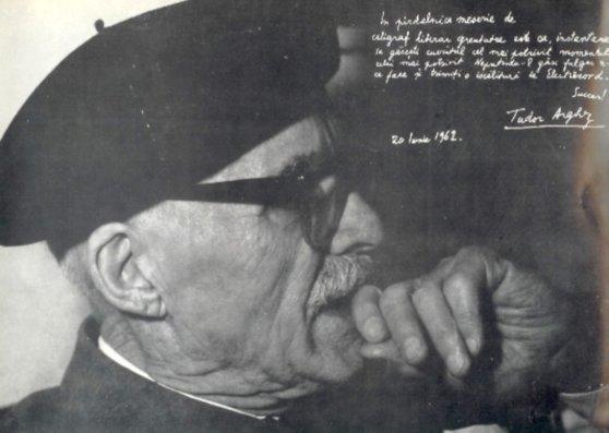 Imaginea articolului Tudor Arghezi s-a aflat pe lista de propuneri pentru premiul Nobel pentru literatură pe anul 1965