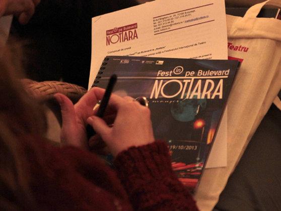 """Imaginea articolului Nottara invită publicul pe trotuarul din faţa teatrului, la """"Umor, amor, fior de dor...în Bucureşti"""""""