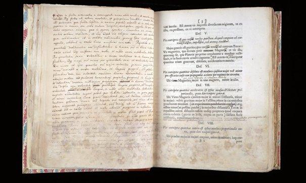 Imaginea articolului Una din cărţile esenţiale ale ştiinţei, scoasă la vânzare pentru 1 milion de dolari: A fost textul fundament al fizicii până la teoria relativităţii a lui Einstein
