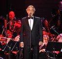 Imaginea articolului Tenorul Andrea Bocelli concertează joi seară în capitală. Circulaţia rutieră va fi restricţionată