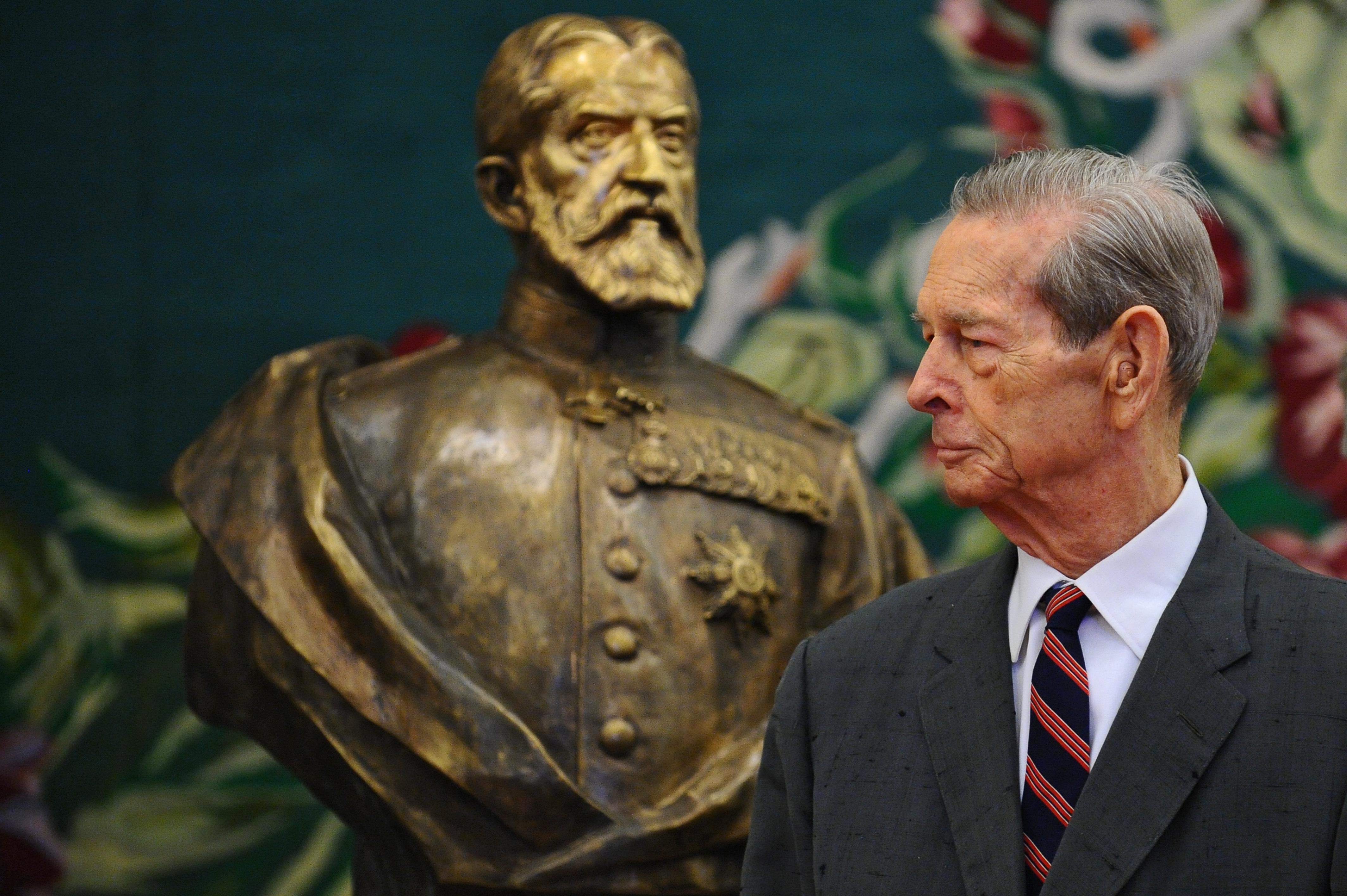 Regele Mihai, 96 de fapte în 96 de ani:  A lucrat ca agent de bursă la New York, a mâncat mereu la prânz acelaşi fel