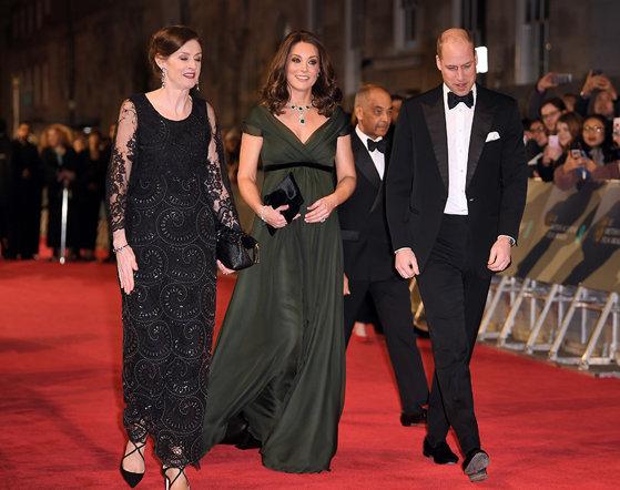 Imaginea articolului Gala BAFTA 2018: Starurile, în negru pe covorul roşu; Ducesa Kate a purtat o rochie verde închis