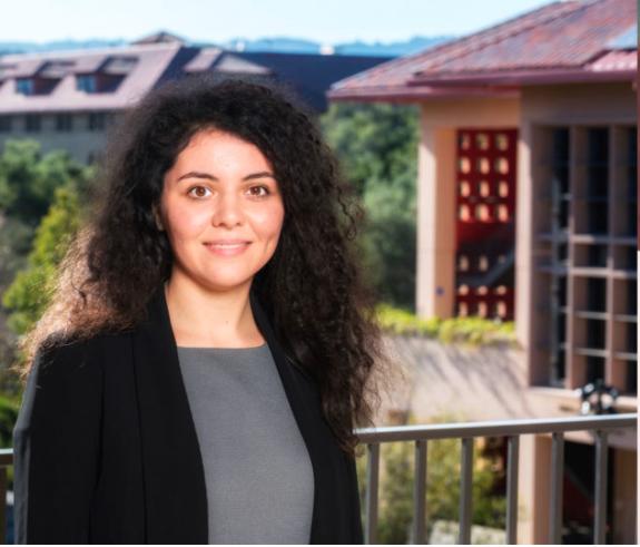 Imaginea articolului O româncă este bursieră în cel mai prestigios program de la Stanford