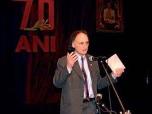 Scriitori şi critici literari regretă moartea poetului Grigore Vieru